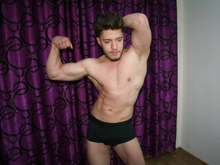Amateur MuscleBlithe